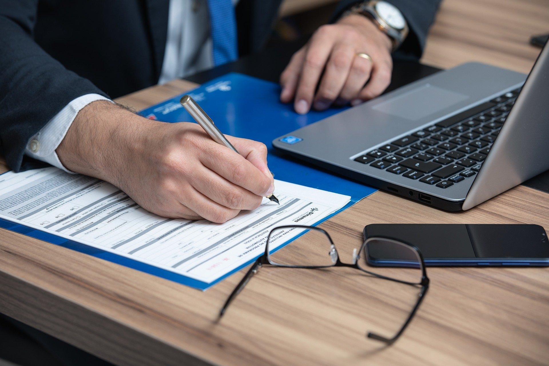 Empresa é condenada a indenizar empregada tratada com apelidos ofensivos pelo superior e colegas de trabalho